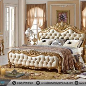 Kamar Tidur Mewah Gold Klasik Modern